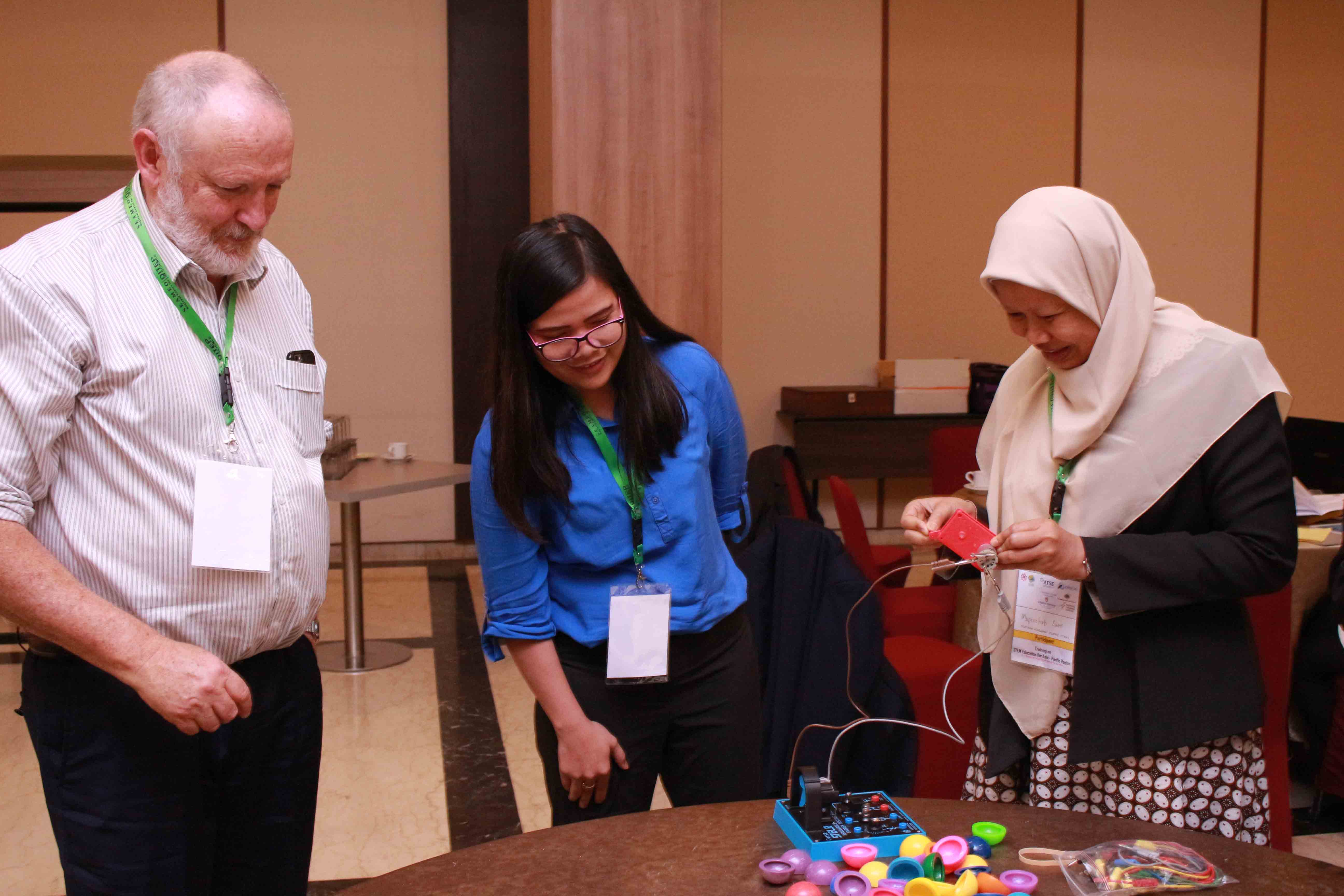 Training on STELR-STEM Education for Asia-Pacific Region