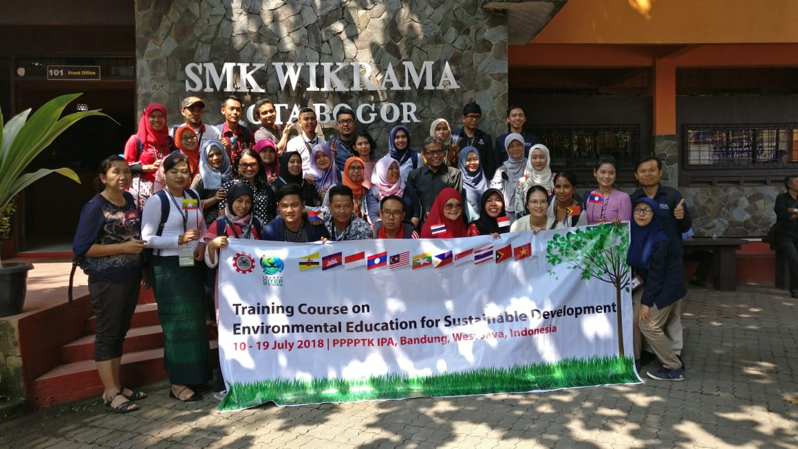 The Participants of EESD Visited SMK WIKRAMA BOGOR