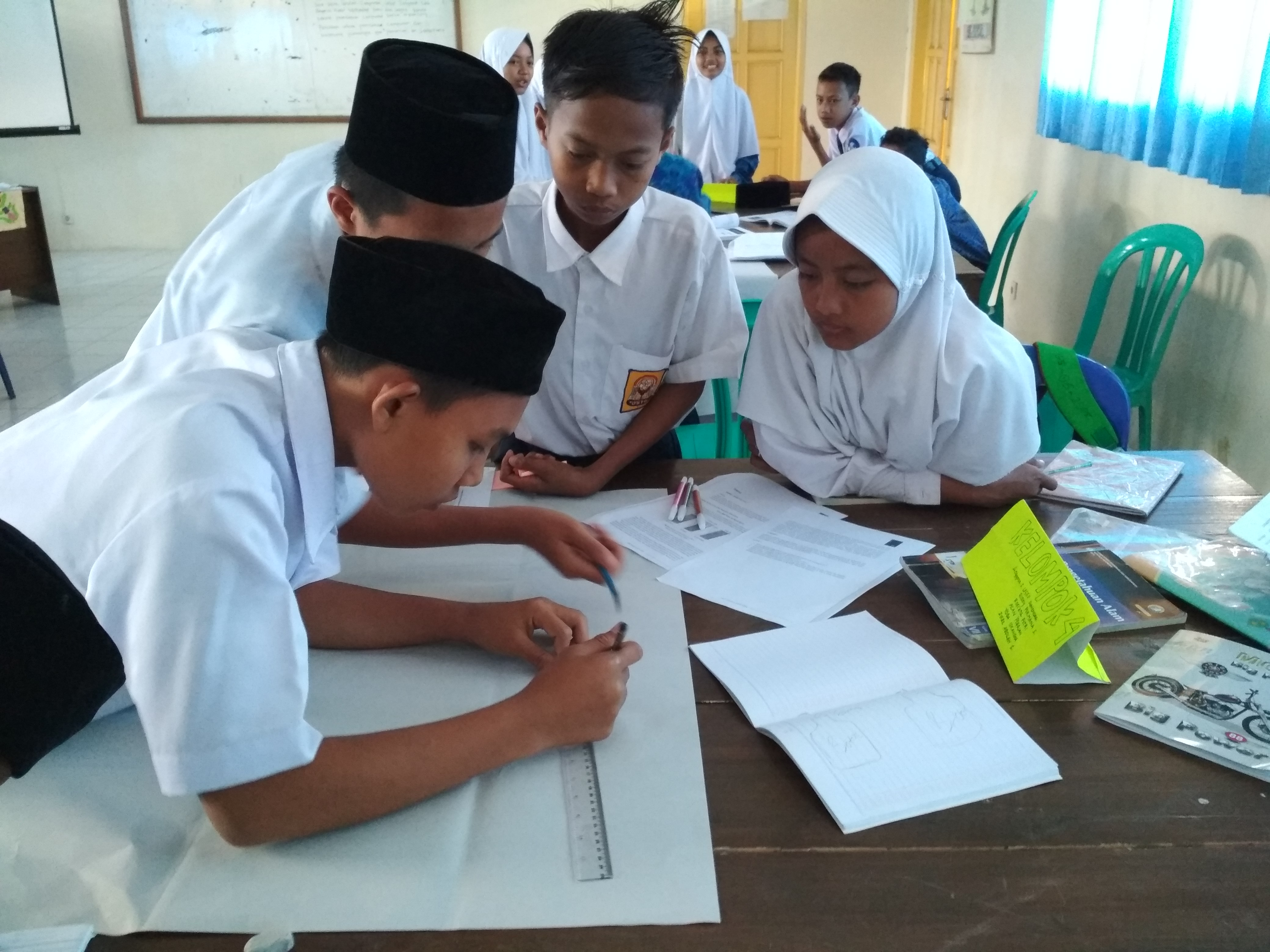 Monitoring on the Job Learning, Training on STEM Implementation in 2013 Curriculum, Secondary School in Tasikmalaya Regency
