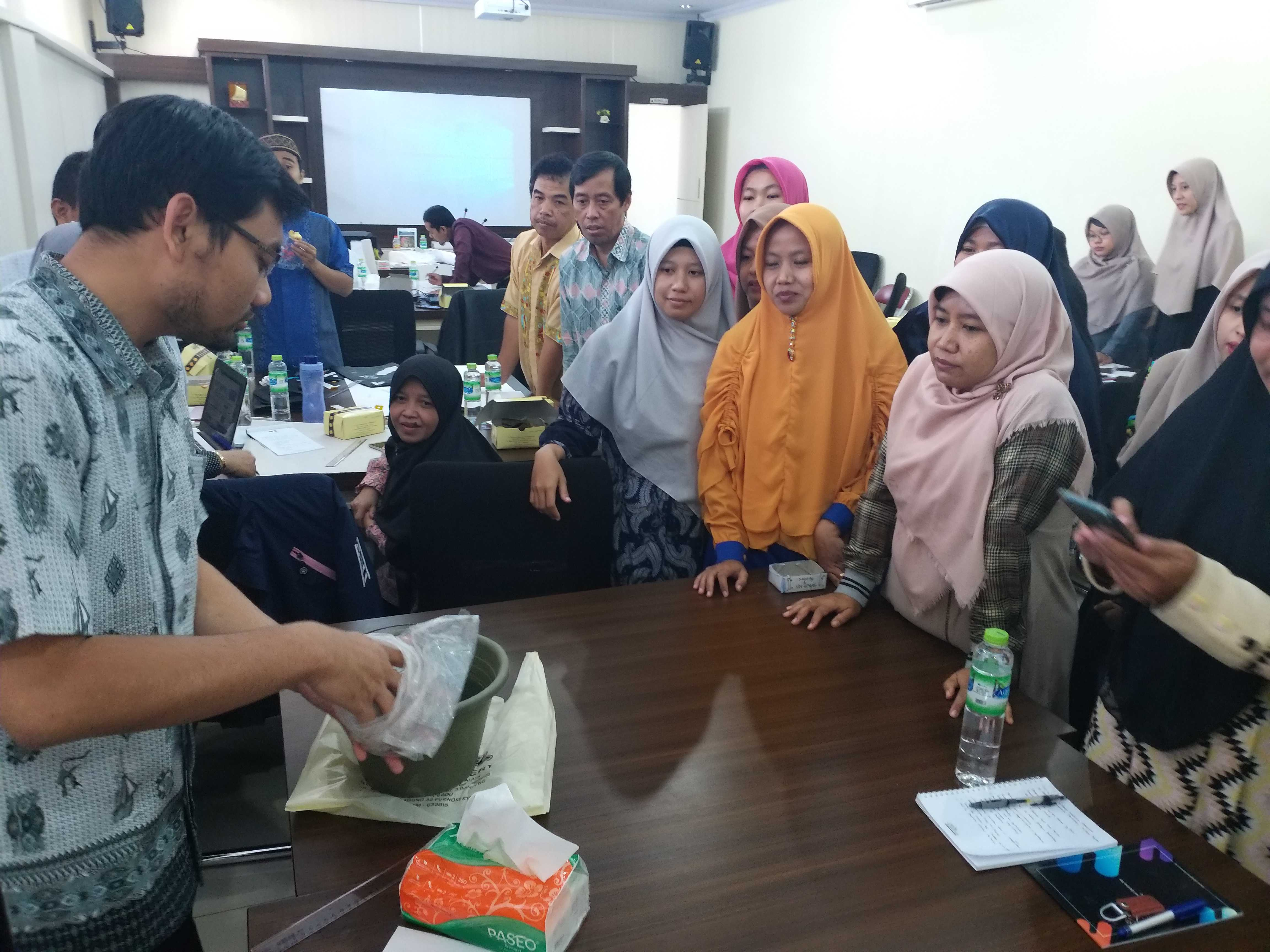 Workshop on STEM Integration Into K-13 Curriculum