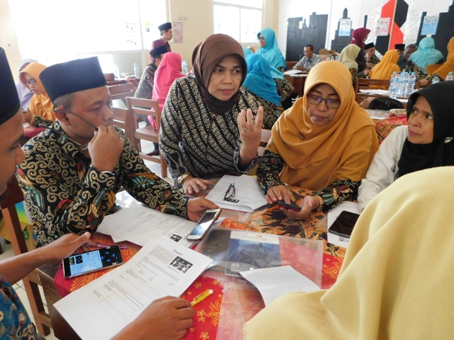 Monitoring and Evaluation of the STEM School Programme at Darul Ulum 1 Middle School Jombang