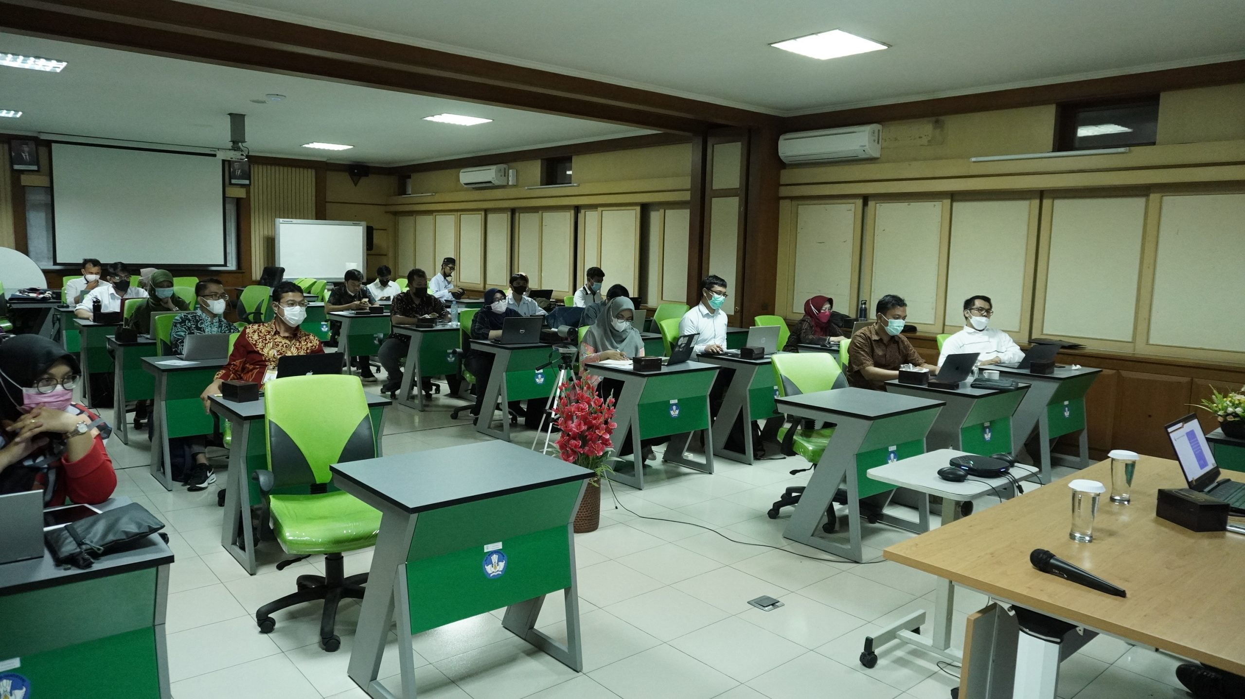 To prepare for the Launching of the Science Education Journal, SEAQIS Held an Open Journal System Management Workshop